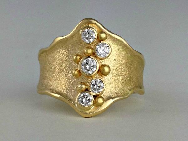 Ancient Shield Ring