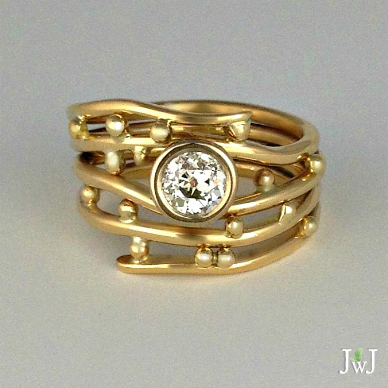 Diamond Gold Bubbles & Wake Ring