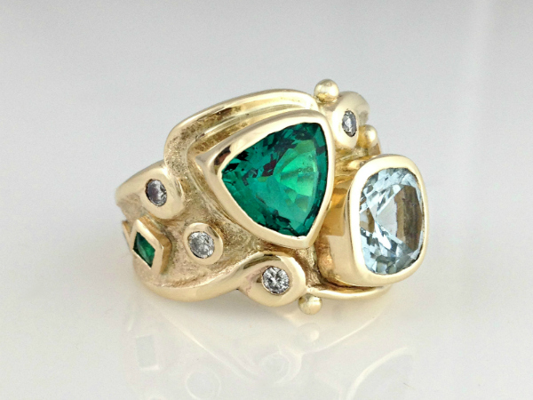 The Royal Emerald Ring