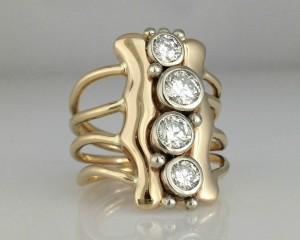 DMulti diamond anniversary ring