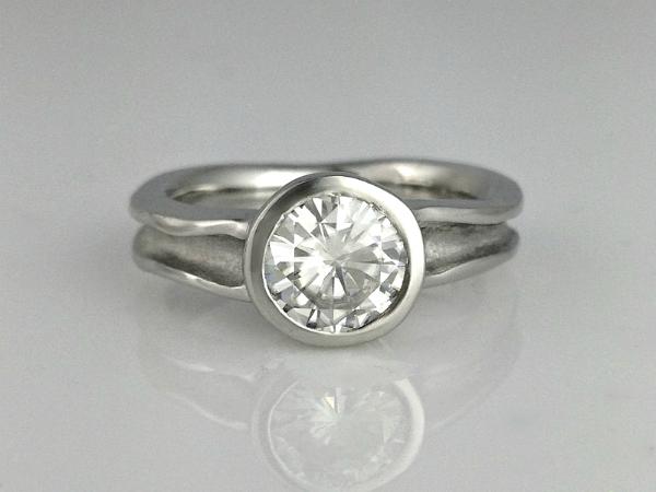 Zena Medium Engagement Ring