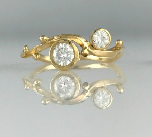 """""""Twisted"""" diamond stacking ring"""