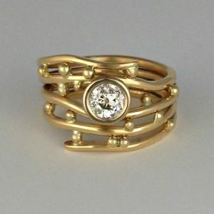 Bubbles & Wake Diamond Ring