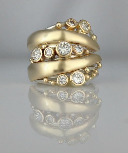 """Bubbles and Wake"" ring"