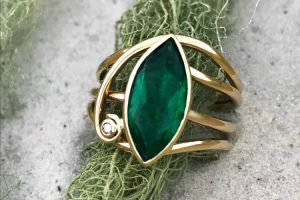 Emerald Horizon Ring – Heirloom Jewellery Redesign