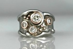Terri Ocean Wave Ring