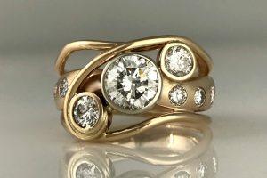 Horizon of Diamonds Ring