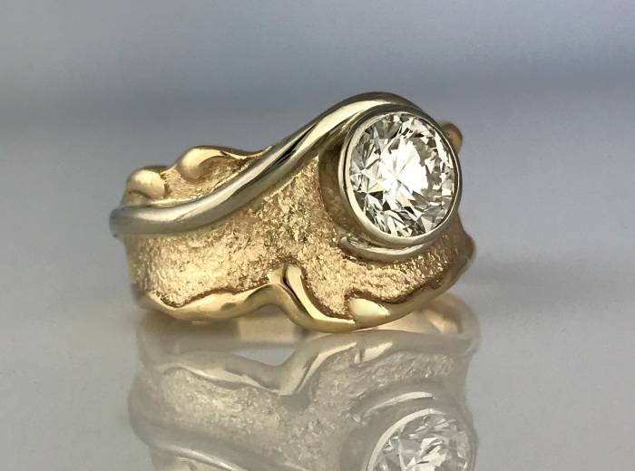 Laurie Swirl Ring
