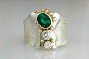 Emerald emPOWER Ring