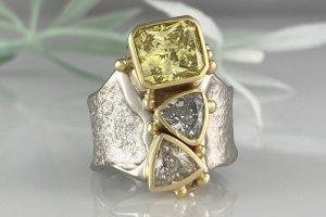 Yellow Diamond EmPOWERing